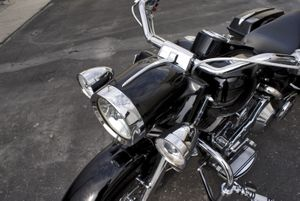ROAD KING STRETCHED HEADLIGHT NACELLE SPEAR