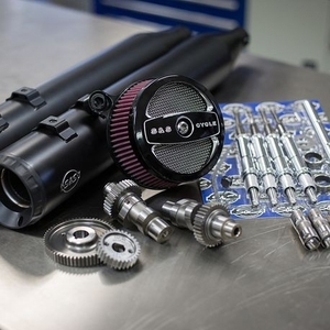 Stage II Kit with 509G Cams and Black Grand National mufflers for 1999-06 Touring models