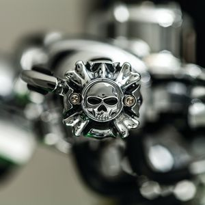 ZOMBIE GRIP END CAP WITH THROTTLE BOSS- CHROME