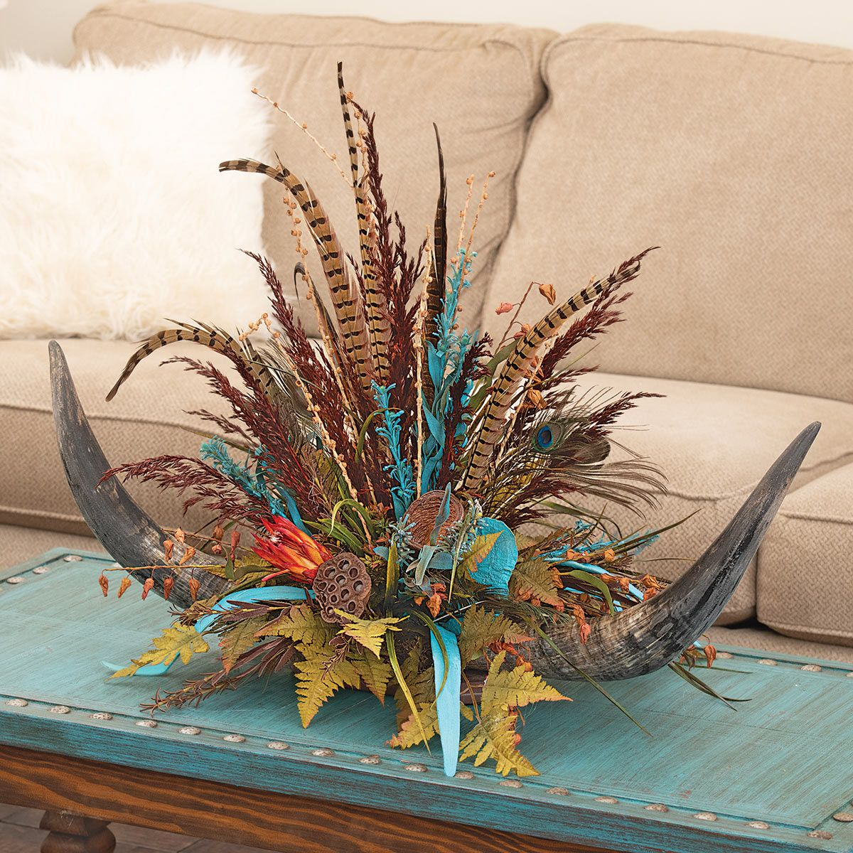Ardella Double Horn Centerpiece