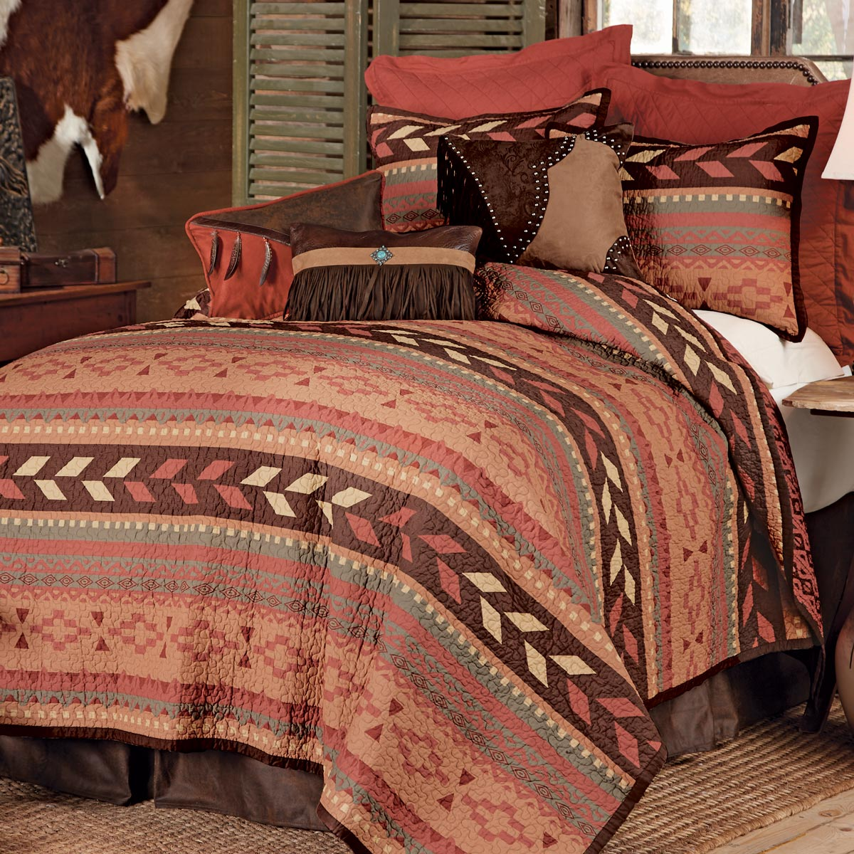Broken Arrow Quilt Bed Set - Twin