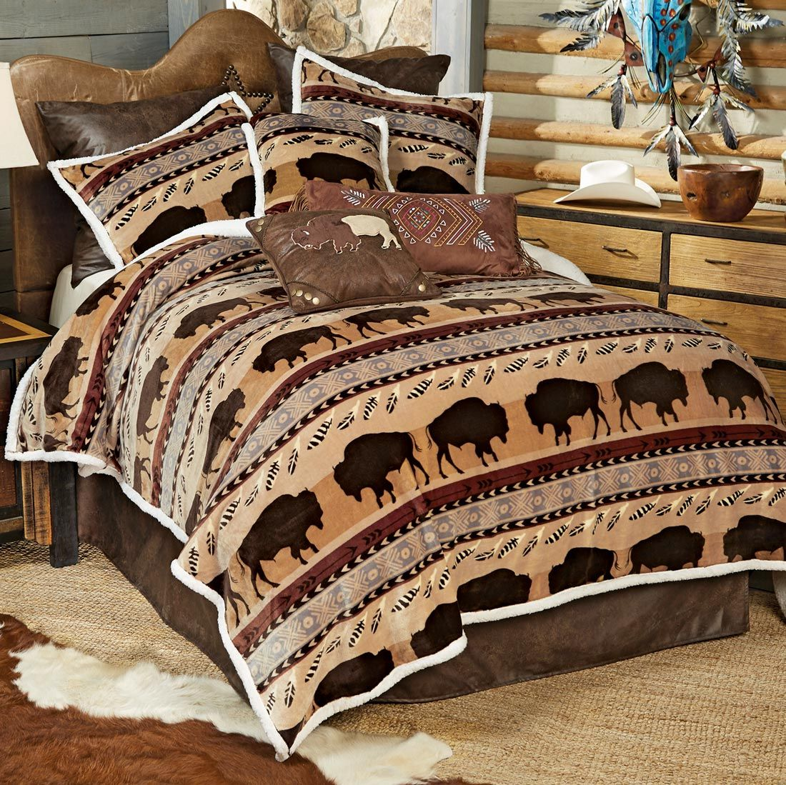 Buffalo Roam Plush Bed Set - Queen