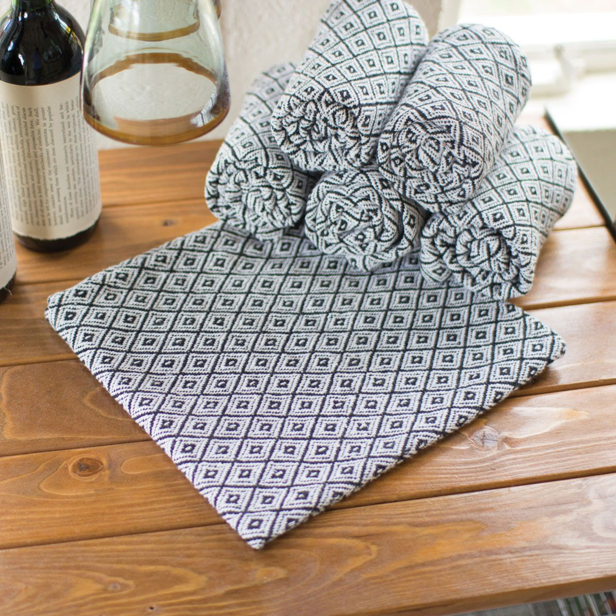 Diamond Pattern Napkins - Set of 6