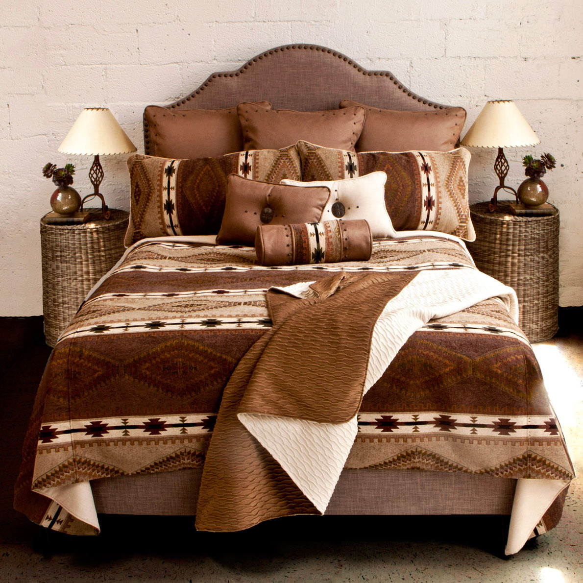 Echo Canyon Reversible Coverlet - Queen Plus