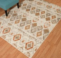Faded Sawtooth Linen Diamond Rug - 13 x 15
