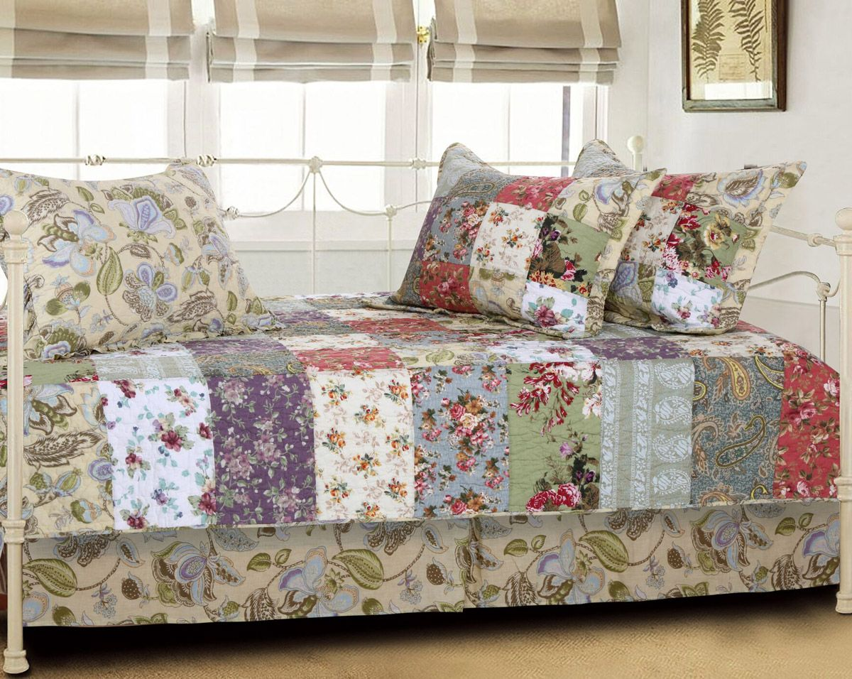 Floral Meadows Daybed Set