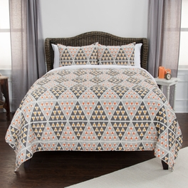 Gentry Quilt Bedding Collection