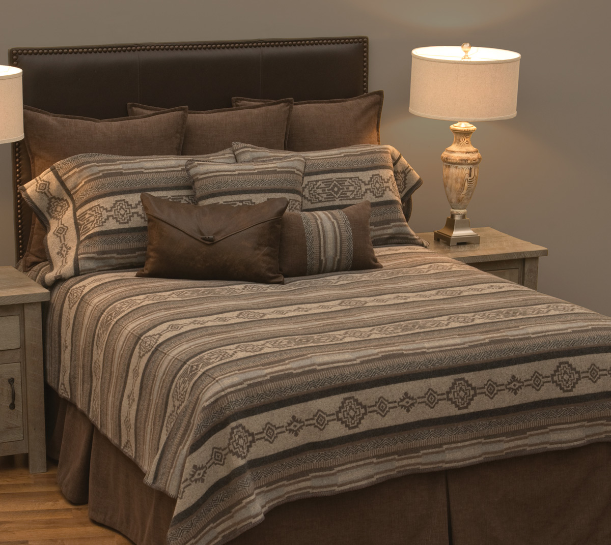 Lodge Lux Basic Bed Set - Super King