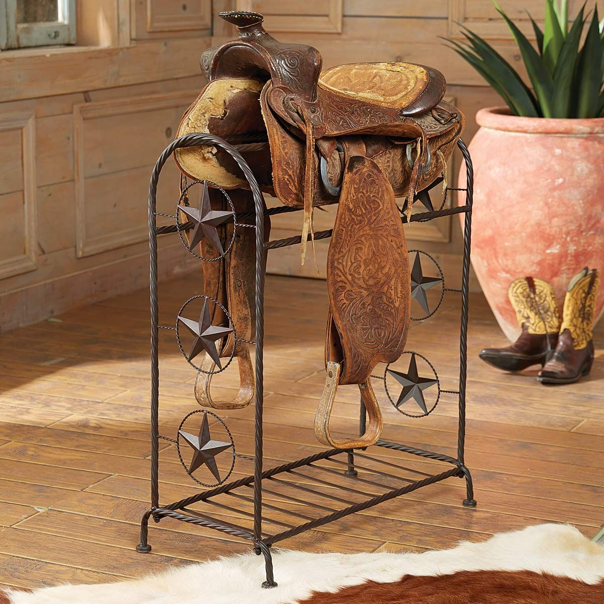 Lone Star Metal Saddle Stand