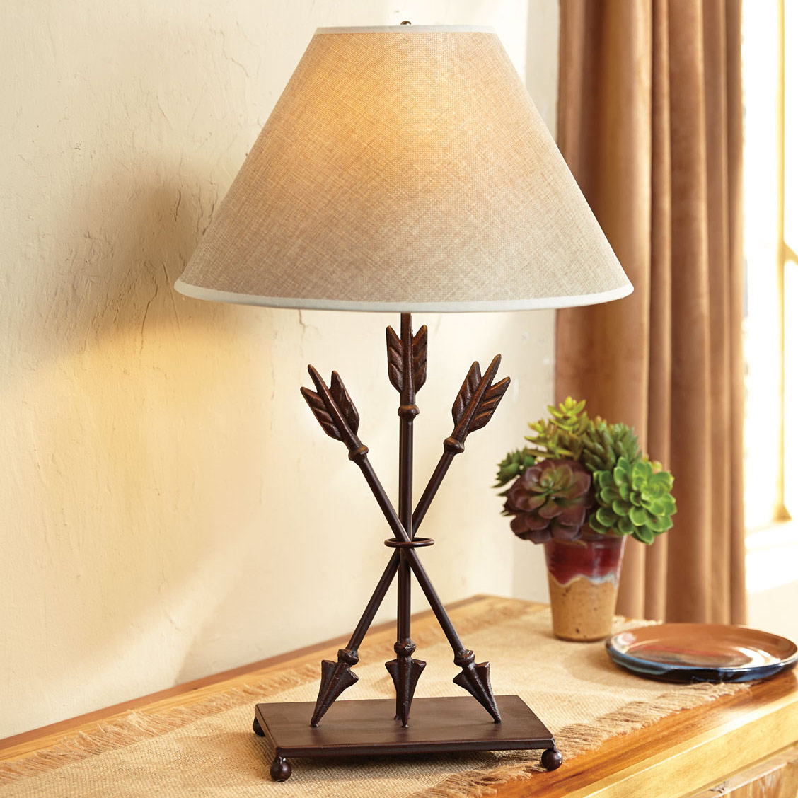 Native Arrow Table Lamp