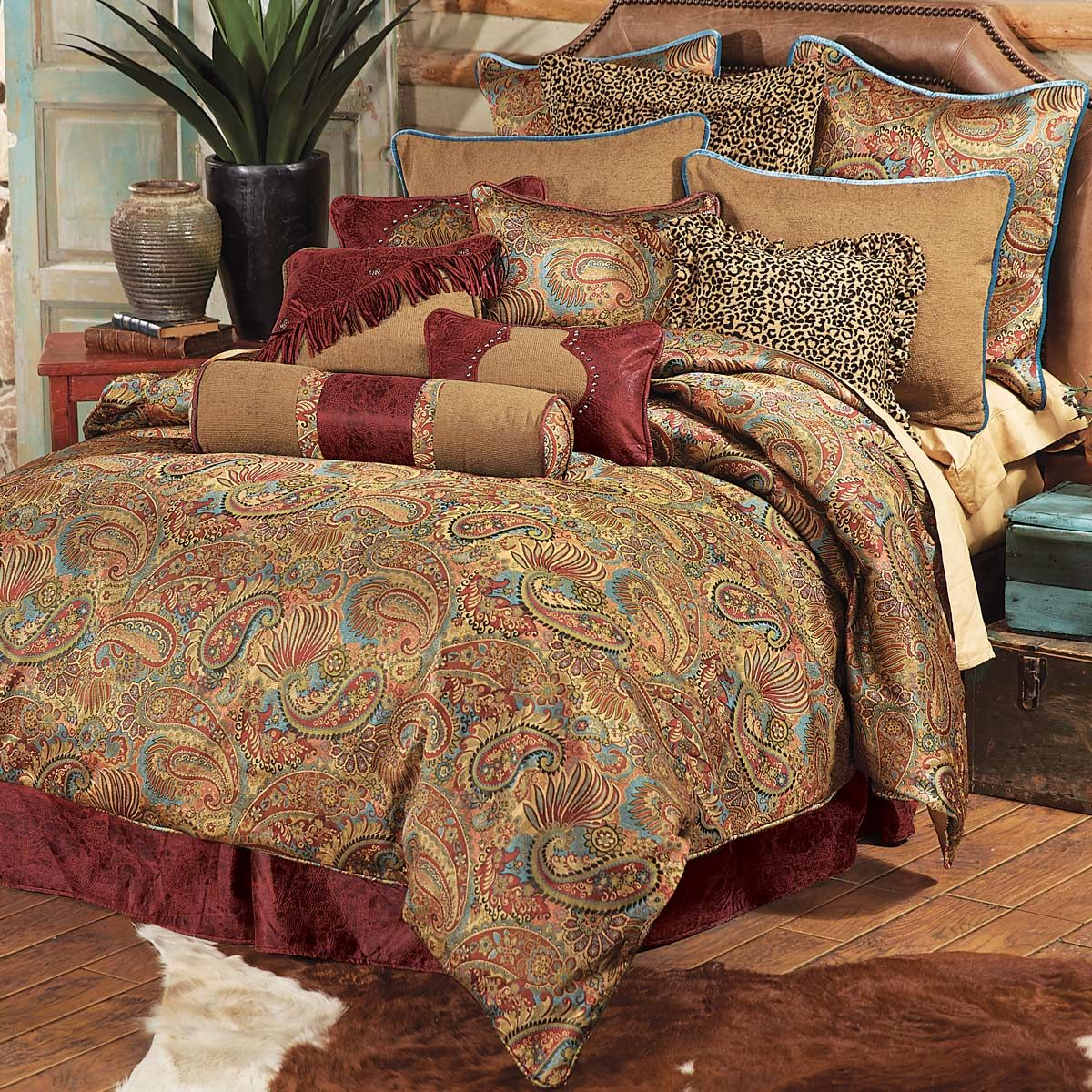 San Angelo Comforter Set - Queen