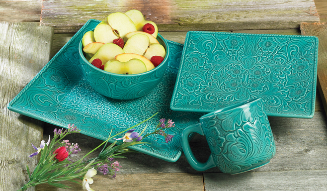 Savannah Turquoise Dinnerware Set (16 pcs)