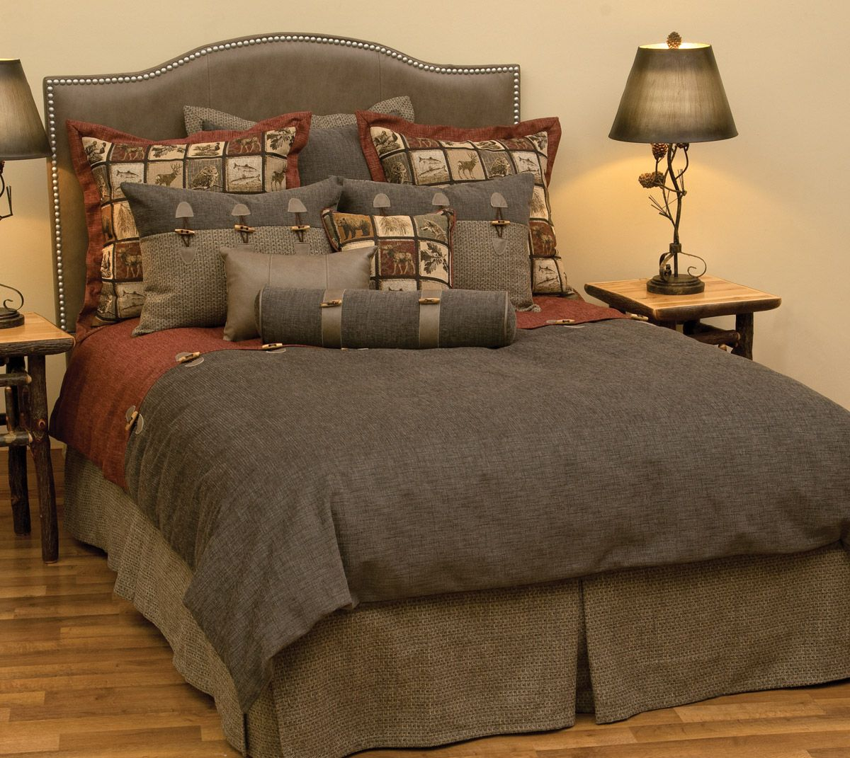 Silver Thicket Deluxe Bed Set - Super King - CLEARANCE