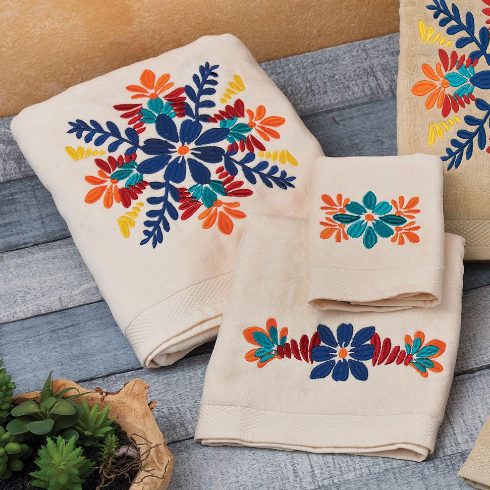 Southwest Bloom Towel Set - Cream