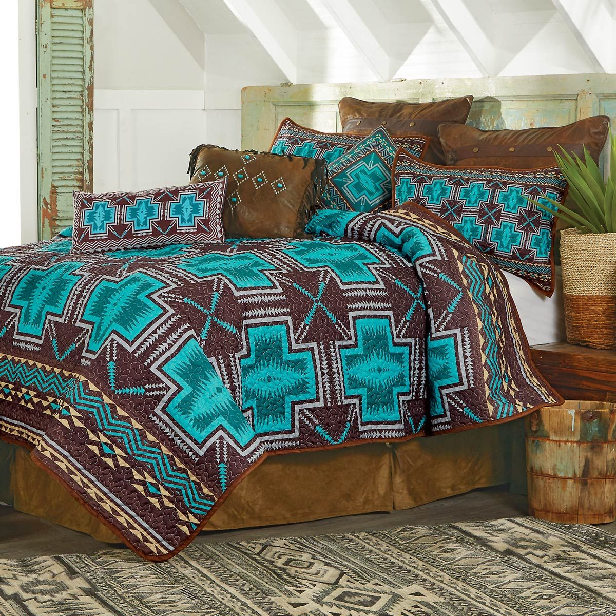 Southwest Cross Quilt Set Queen