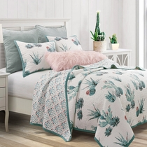 Southwest Flora Reversible Quilt Set - Twin