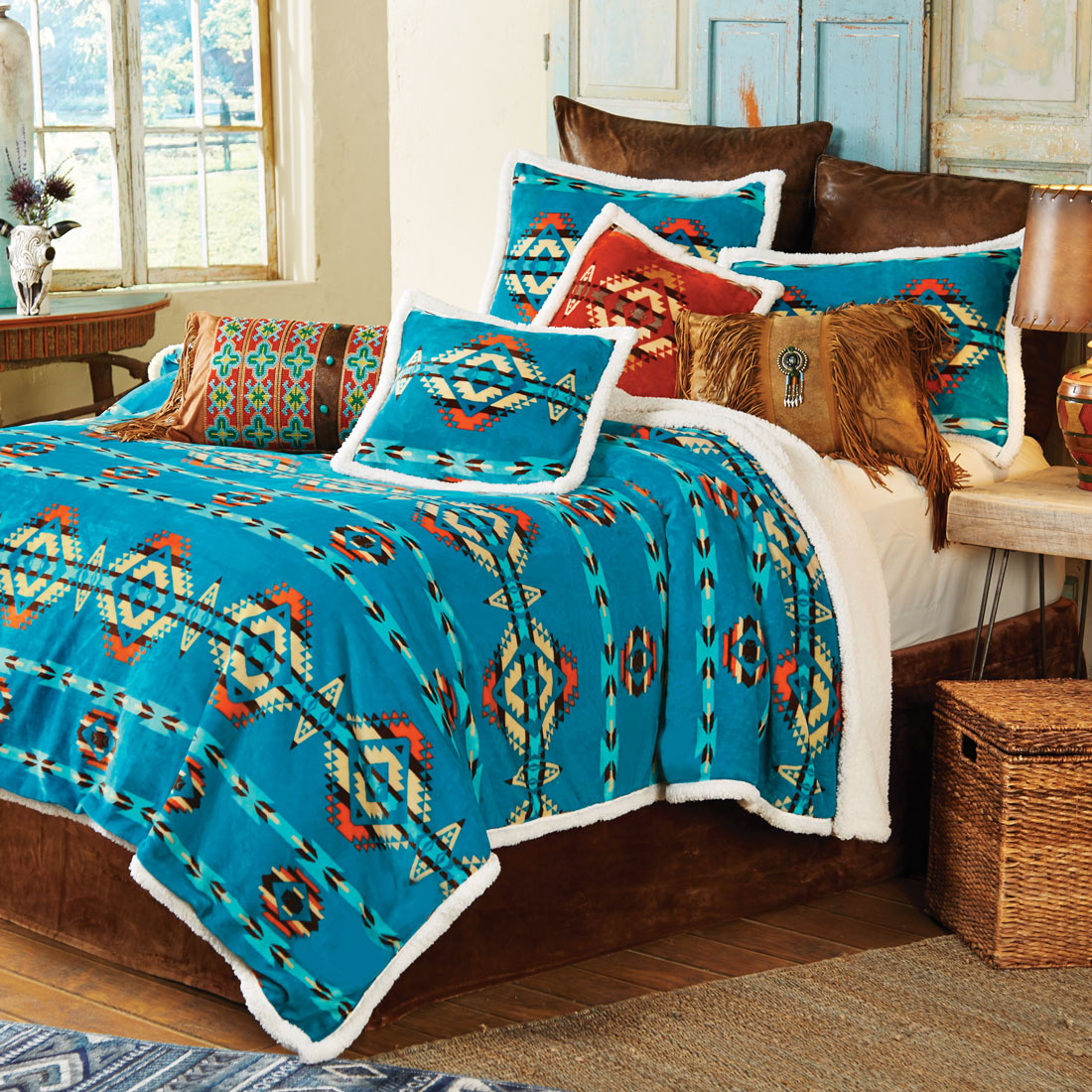 Southwestern Turquoise Plush Bed Set - Queen - CLEARANCE