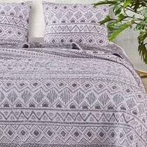Southwestern Winter Quilt Set - Full/Queen