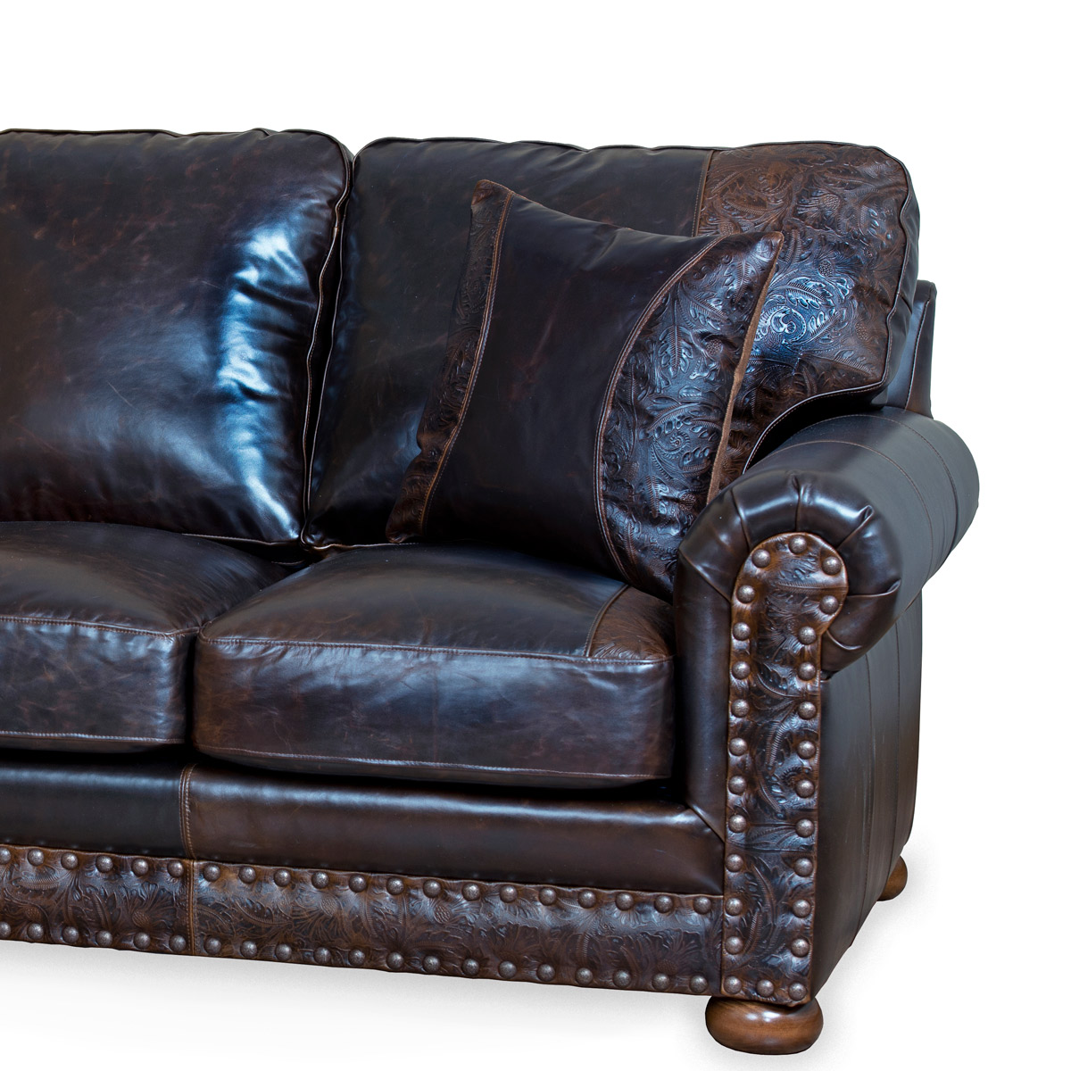 The American Outlaw Loveseat