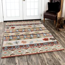 Tribal Leaves Rug - 8 x 10