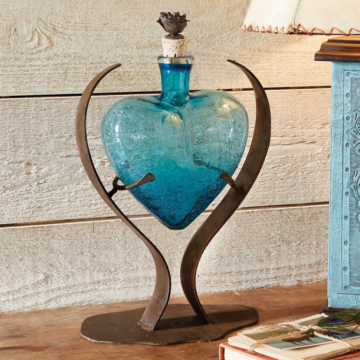 Turquoise Heart Glass Art Decanter�