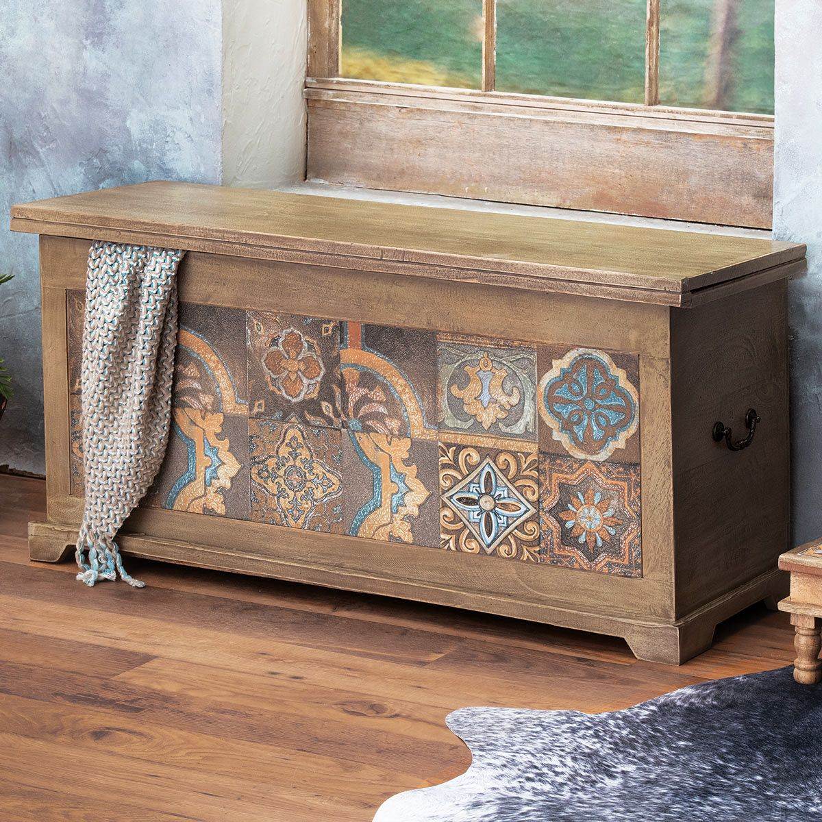 Viejo Tiles Blanket Storage Bench