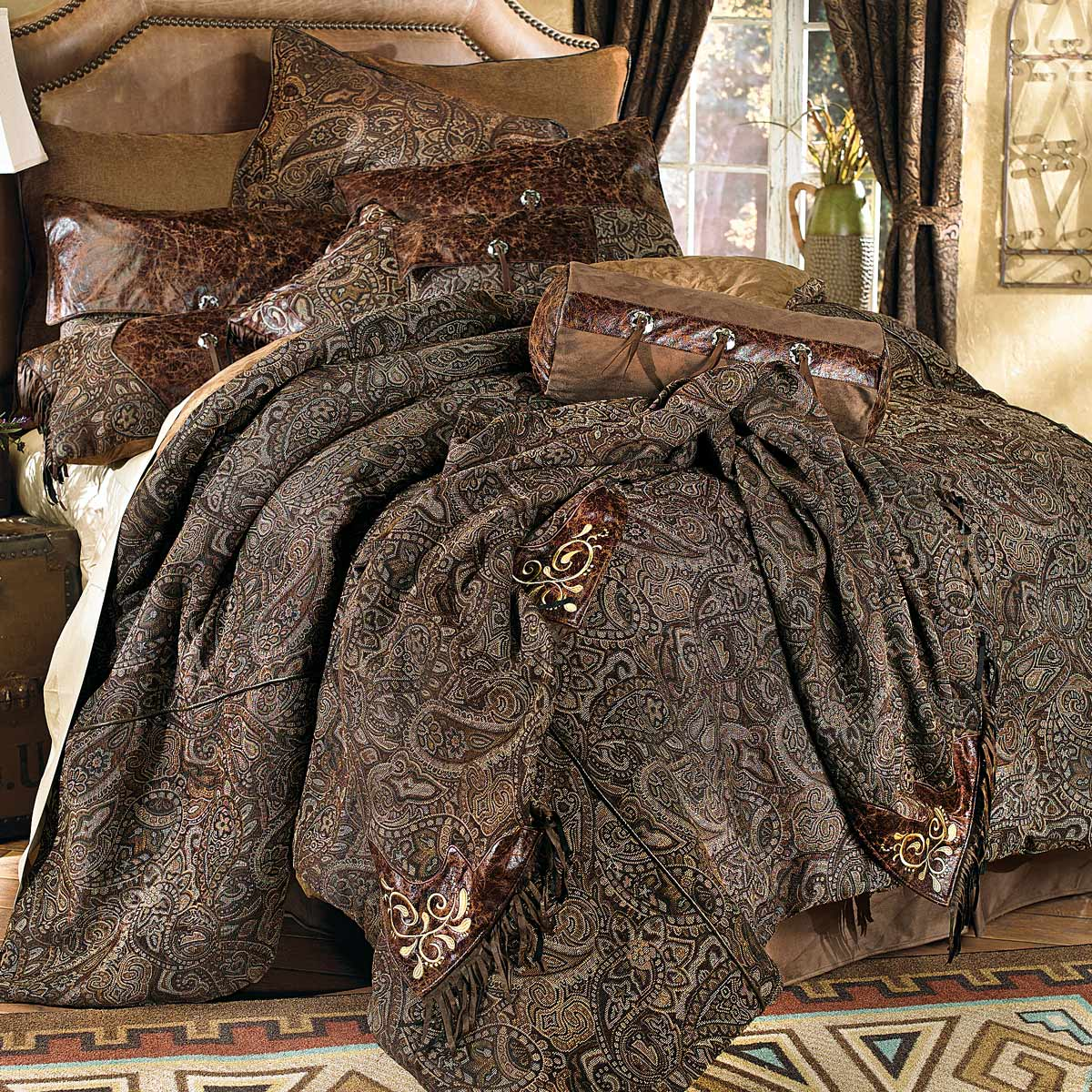 Western Paisley Beaumont Bed Set - King