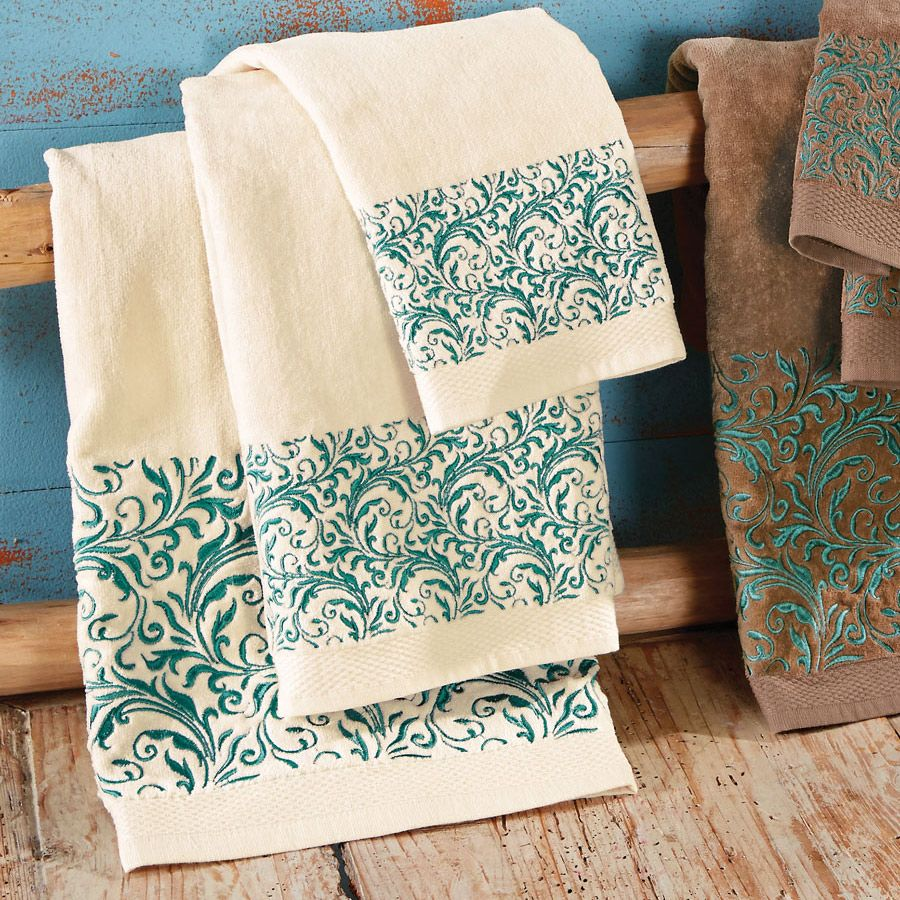 Western Scroll Turquoise Towel Set - Cream