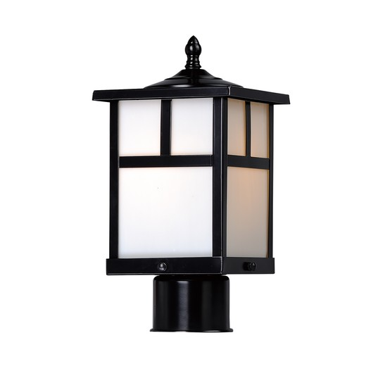 Maxim Coldwater Outdoor Lamp Post