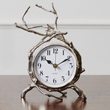 Briar Desk Clock | Nickel