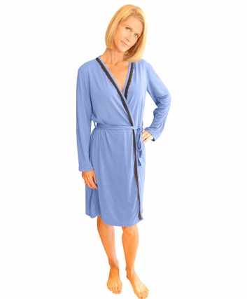 LACE ACCENT MOISTURE WICKING ROBE