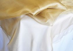 "90"" Seamless Round Organza Table Overlay - Antique Gold 55029(1pc/pk)"