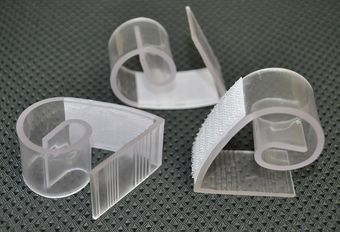 Adjustable Clear Plastic Table Skirt Clips