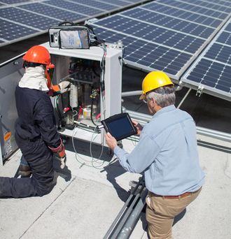 <strong>PV Analyzer</strong> Training and Services