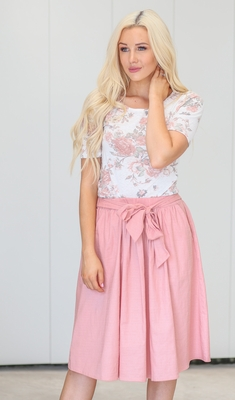 Tie Waist Modest Skirt in Dusty Pink