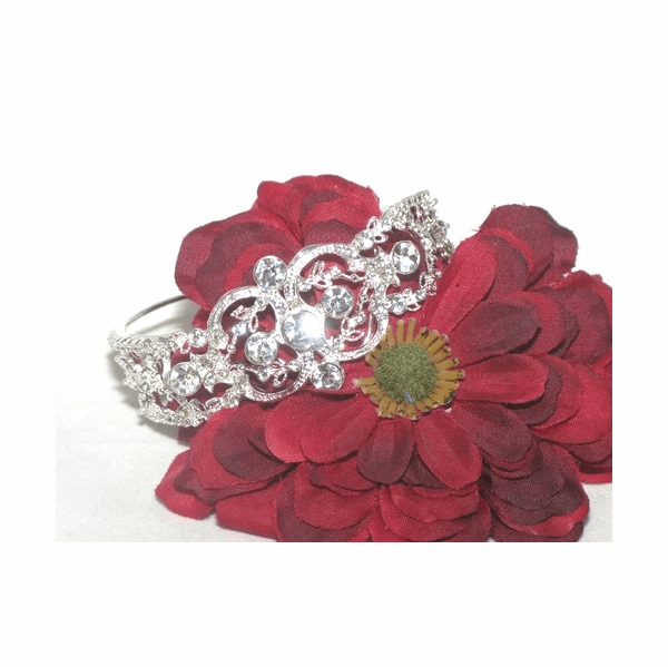 Dutchess - Vintage beauty bridal cuff bracelet - SALE!!