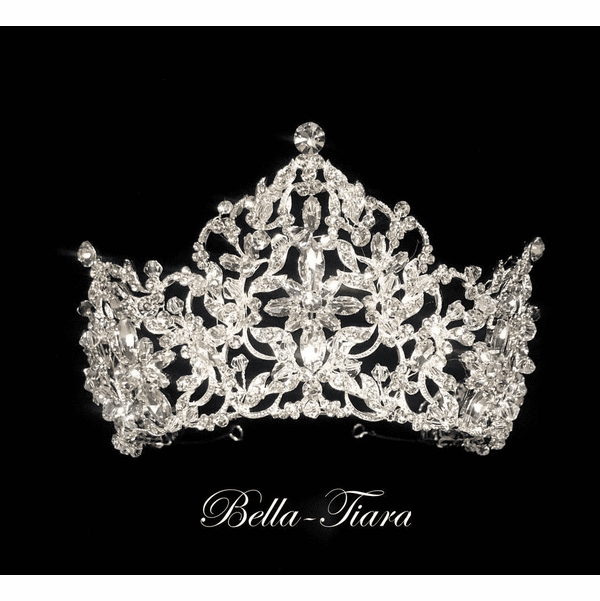 <h4>Elisa - Royal collection -Swarovski Crystal Royal Tiara </h4>Free Earrings or Bracelet