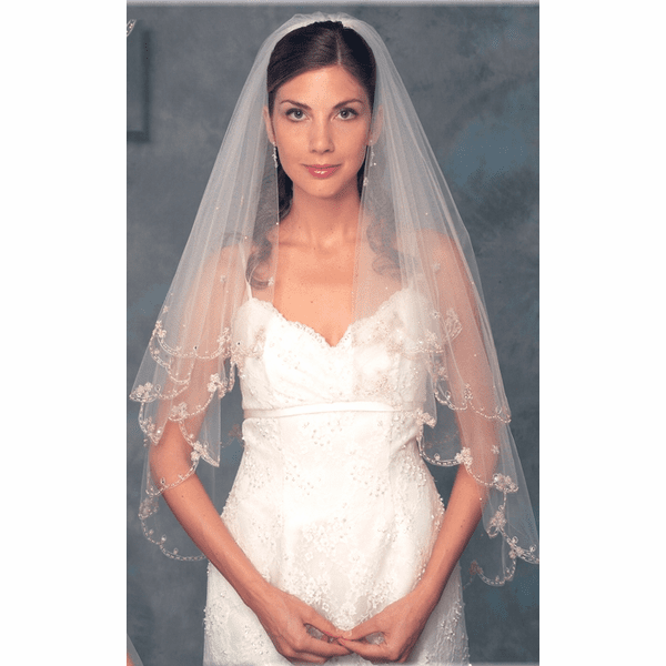 Stunning 2-tier  Vintage Beaded lace edge champagne bridal veil - SALE!