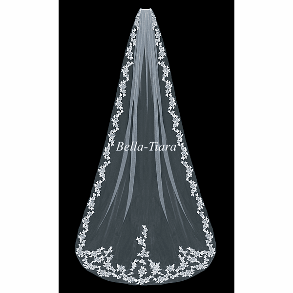 STUNNING!!! Romantic floral lace cathedral veil - SALE