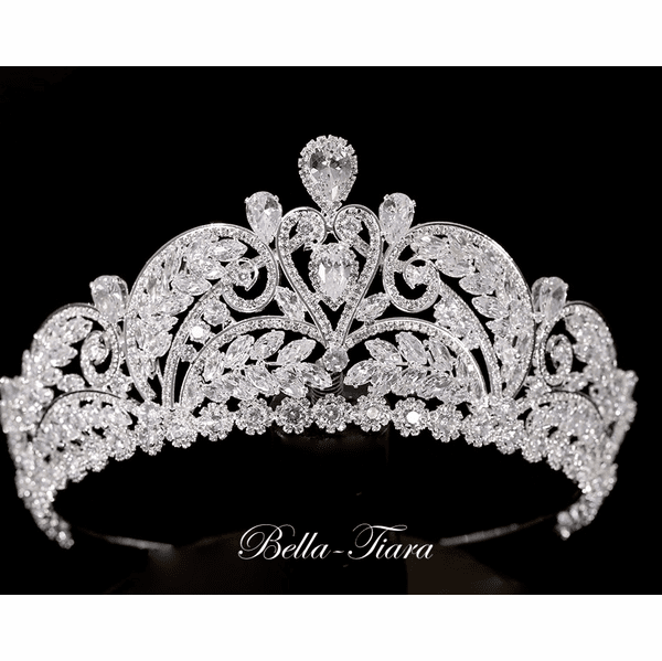 <h4>Teresa - Royal swarovski crystal crown tiara </h4>Free Earrings or Bracelet