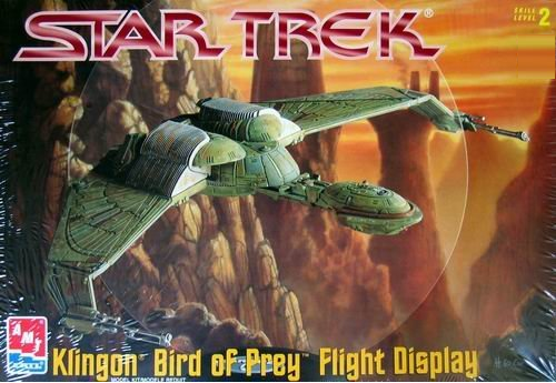 AMT/ERTL Star Trek Klingon Bird of Prey Flight Display Model Kit