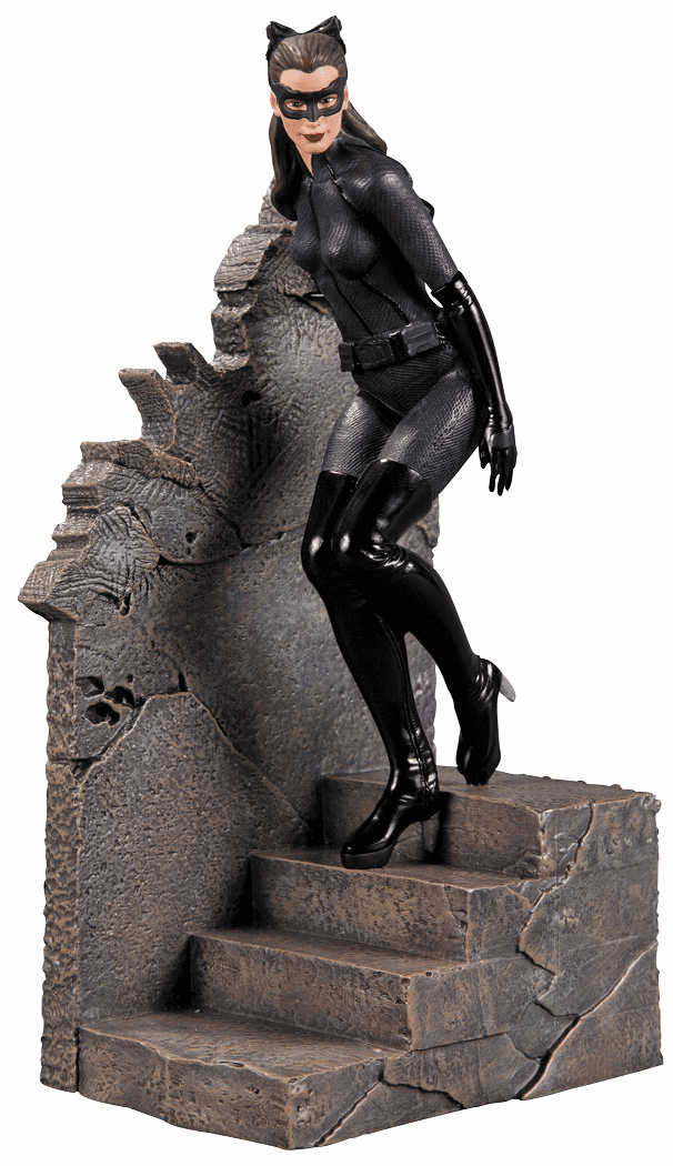 Batman Dark Knight Rises Catwoman Statue