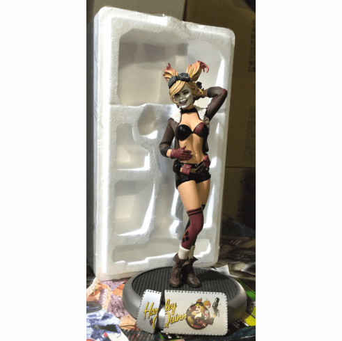 DC Collectibles Bombshells Harley Quinn Statue