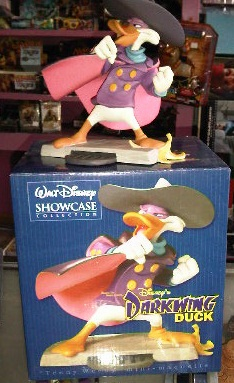 Disney Showcase Darkwing Duck Statue