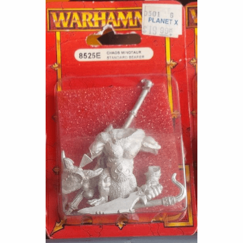 Games Workshop Warhammer Chaos Minotaur Standard Bearer Miniature