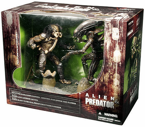 McFarlane Movie Maniacs Alien & Predator Box Set