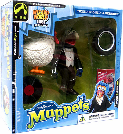 The Muppets Tuxedo Gonzo with Bernice Wizard World East Box Set