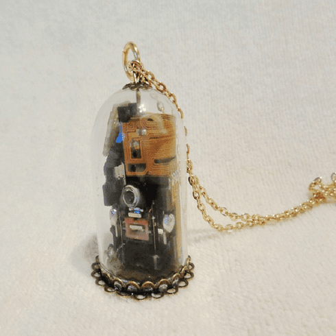 Model B Radioactive Steam Detector Necklace