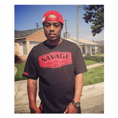 SAVAGE BLACK AND RED TEE