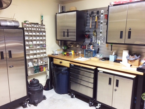 6 Piece Stainless Steel and Powdercoated Steel Modular Garage Cabinets